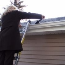 Clean Your Gutters to Prevent Water Damage Tip Image